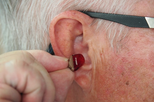 Read on and find out how to drive safely with hearing loss